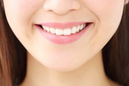 歯の育ち方で歯並びが変わる?