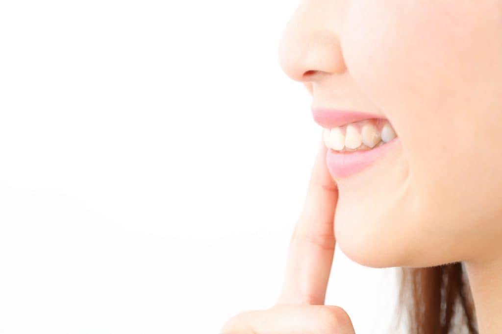 歯並びで横顔の印象が変わる?
