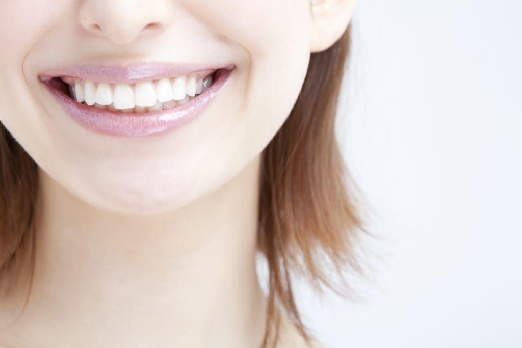 ガムを噛むことで歯並びを良くすることはできるの?