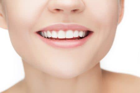 歯並びは育ちの良さに影響しますか?