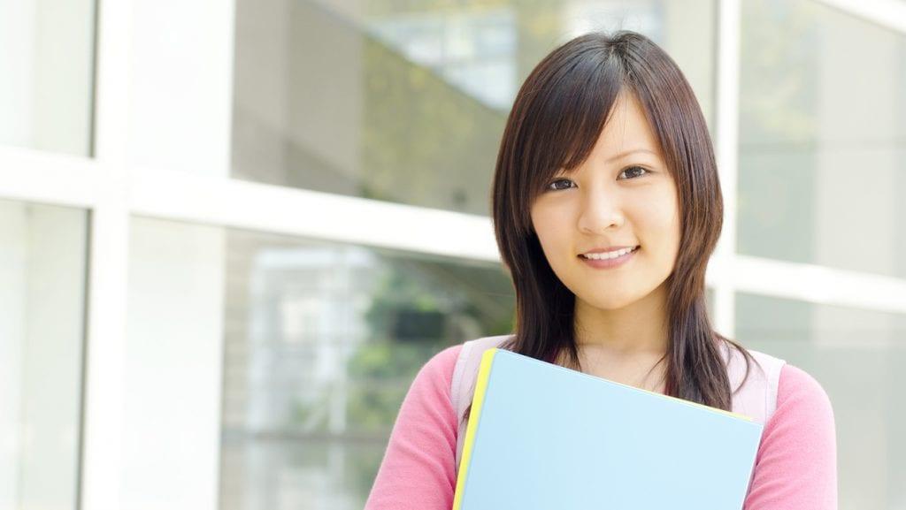 歯並びは勉強や成績に影響するの?