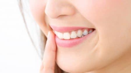 差し歯をオールセラミックにすると横顔が変わる?
