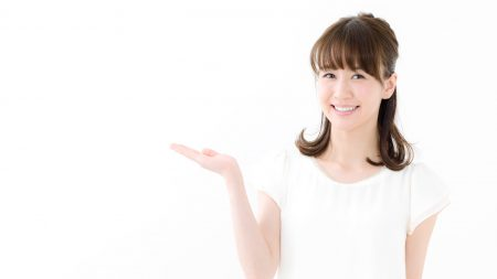 神経を抜いた後の歯が原因で歯茎の色が変わる?