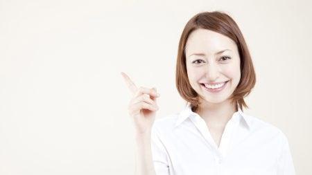 前歯を差し歯にすると歯茎が変色することがある?