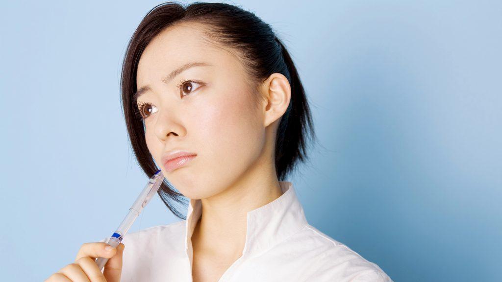 すきっ歯は加齢が原因って本当?