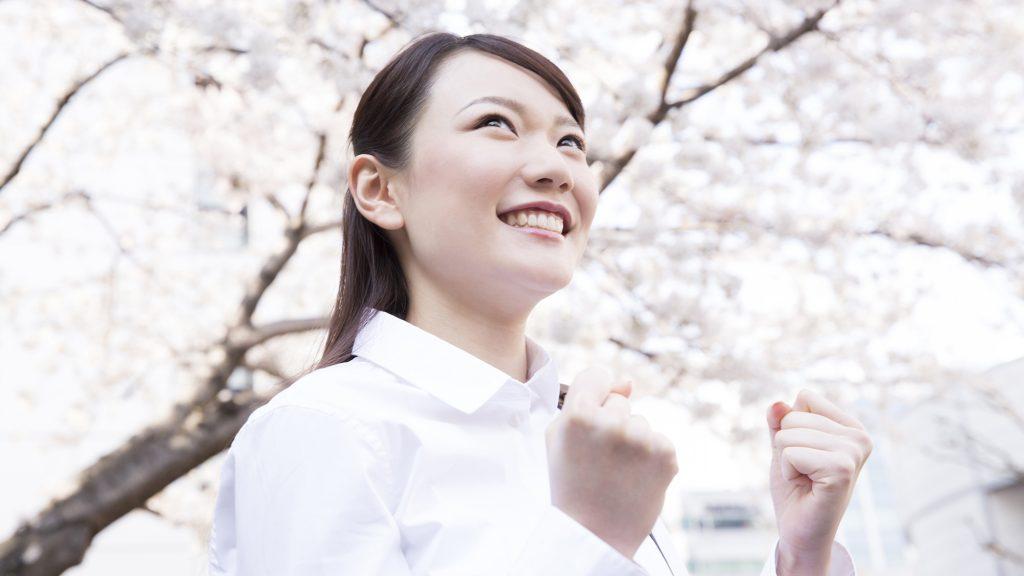 前歯のねじれは歯並びを矯正することで改善できる?
