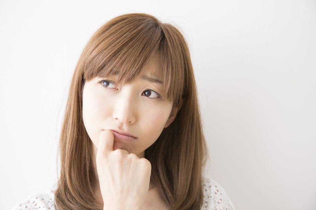 前歯が昔より長いように感じるのは気のせい?