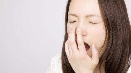 歯茎の色が薄いのはなぜ?