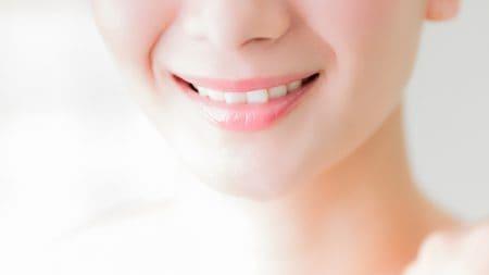 仮歯を入れている間、普通にご飯は食べられるの?
