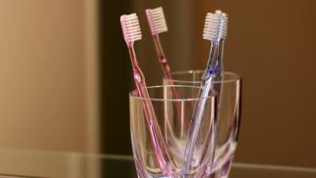 歯科矯正にかかる最短期間はどのくらい?
