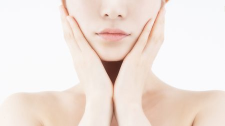 老化も歯の黄ばみの原因になるって本当?