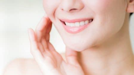 歯の黄ばみは加齢も原因になる?