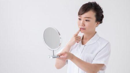 歯並びが正しい位置か自分でチェックできますか?