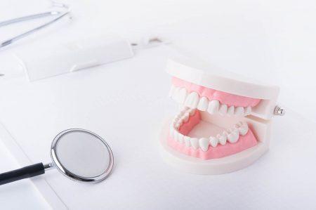 銀歯ではなくセラミックという選択肢もある