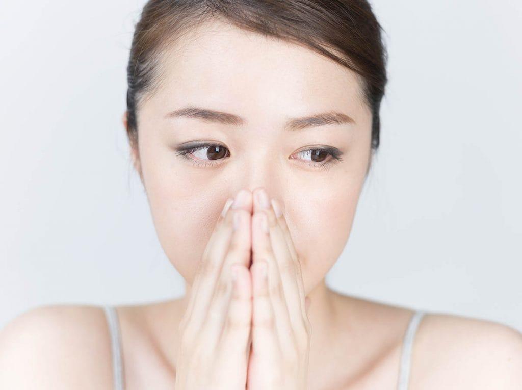 ひどい口臭を治したいなら原因や治療・対策方法を知り改善を!